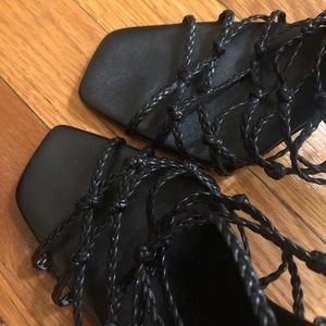 Gucci Shoes - Gucci Vintage Heels